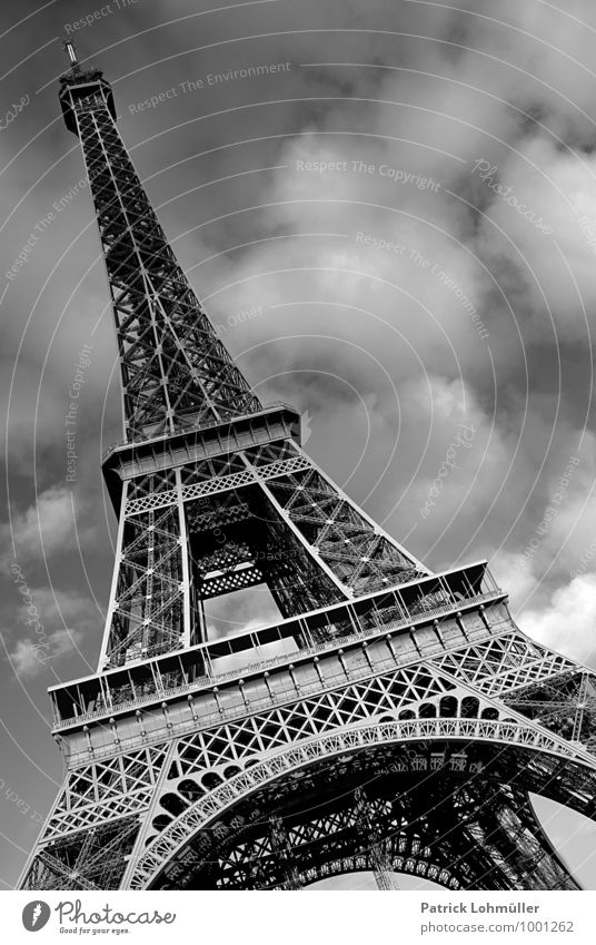 Eiffelturm Paris Architektur Himmel Wolken Schönes Wetter Frankreich Europa Hauptstadt Stadtzentrum Menschenleer Bauwerk Sehenswürdigkeit Wahrzeichen