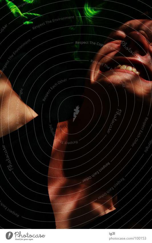 wie misst man Schmerz? Mensch Mann grün rot Einsamkeit schwarz Gesicht dunkel sprechen Gefühle Traurigkeit Zufriedenheit Hintergrundbild offen Angst geschlossen