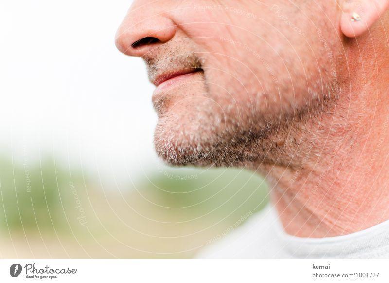 Dreitagebart Mensch Mann Erwachsene Stil hell maskulin 45-60 Jahre Lächeln Mund Nase Freundlichkeit Bart stachelig Ohrringe Kinn