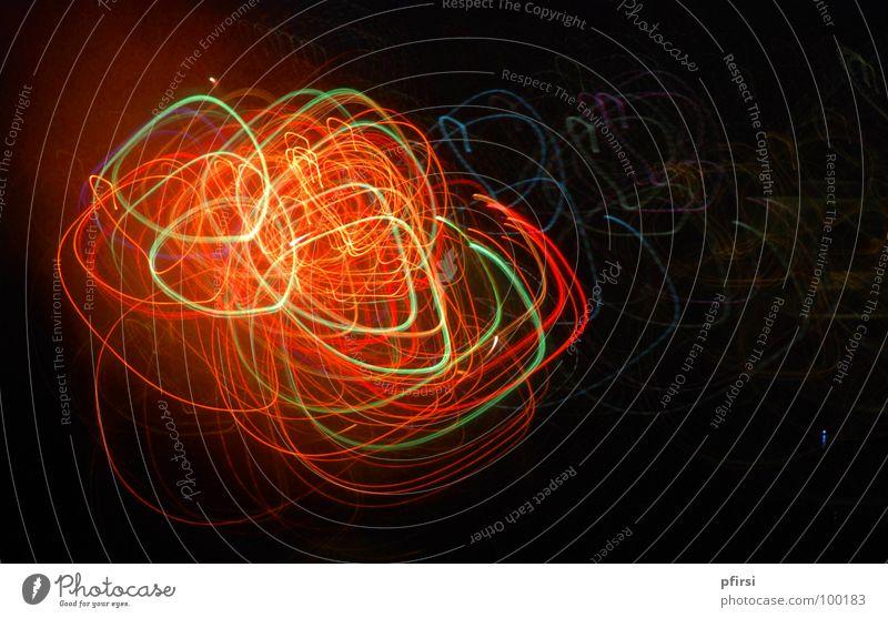 Lichter-Wirrwarr Freude Farbe dunkel Feste & Feiern Kunst glänzend Fröhlichkeit Freizeit & Hobby Blitze Feuerwerk Zürich Verwirbelung Oval Zürifäscht