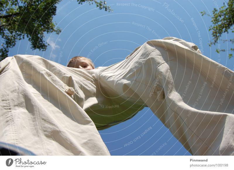 equilibrium III Himmel Freude Freiheit Tanzen Zufriedenheit fliegen Geschwindigkeit Seil Suche Schnur Schönes Wetter dünn Konzentration Hose Sturz