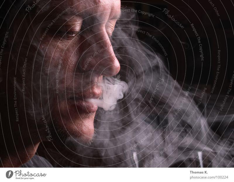 Smoke Hand schwarz Gesicht Kopf Brand trist Brille Rauchen Krankheit Tabakwaren leicht Zigarette Verbote Dunst anzünden