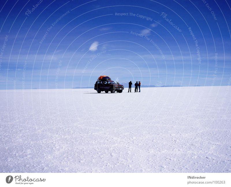 Himmel & Erde so nah... Salzsee Salar de Uyuni Bolivien Unendlichkeit faszinierend Naturphänomene Sehnsucht Fernweh ruhig Vollendung Ferne Jungentraum Roadtrip