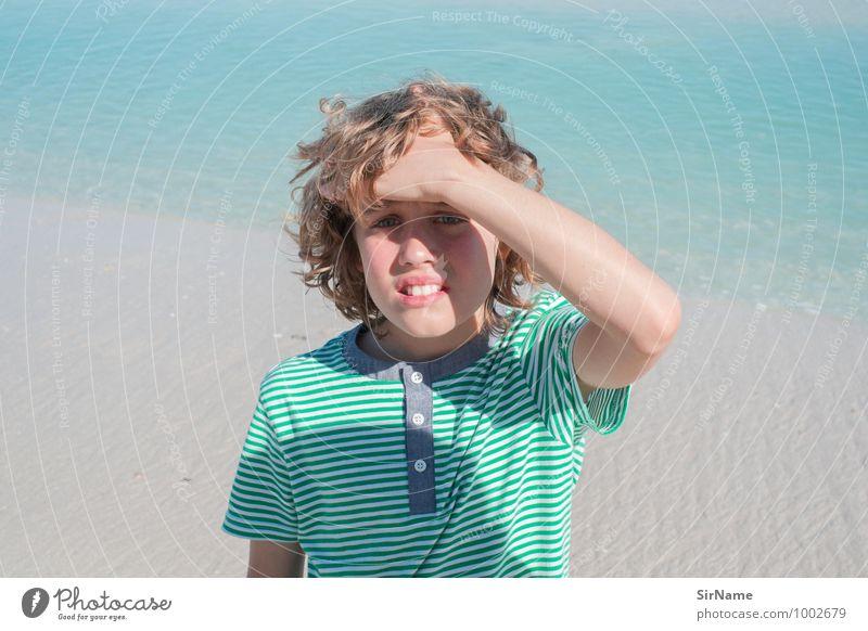 310 [sonnenblenden] Mensch Kind Ferien & Urlaub & Reisen Wasser Sommer Sonne Meer Strand Umwelt Junge Wege & Pfade Sand Zusammensein Tourismus Kindheit warten