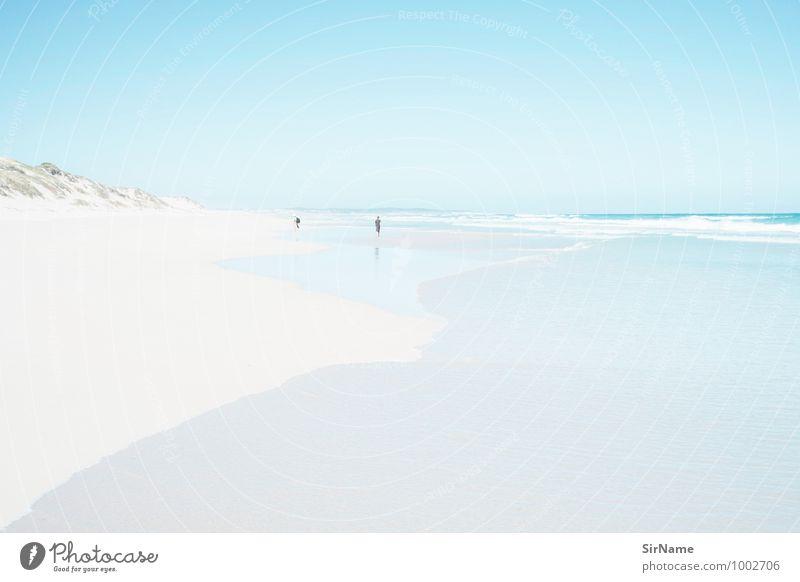 304 [ferne] Ferien & Urlaub & Reisen Ausflug Abenteuer Ferne Freiheit Sommerurlaub Strand Meer wandern Leben 2 Mensch Landschaft Sand Wasser Wolkenloser Himmel