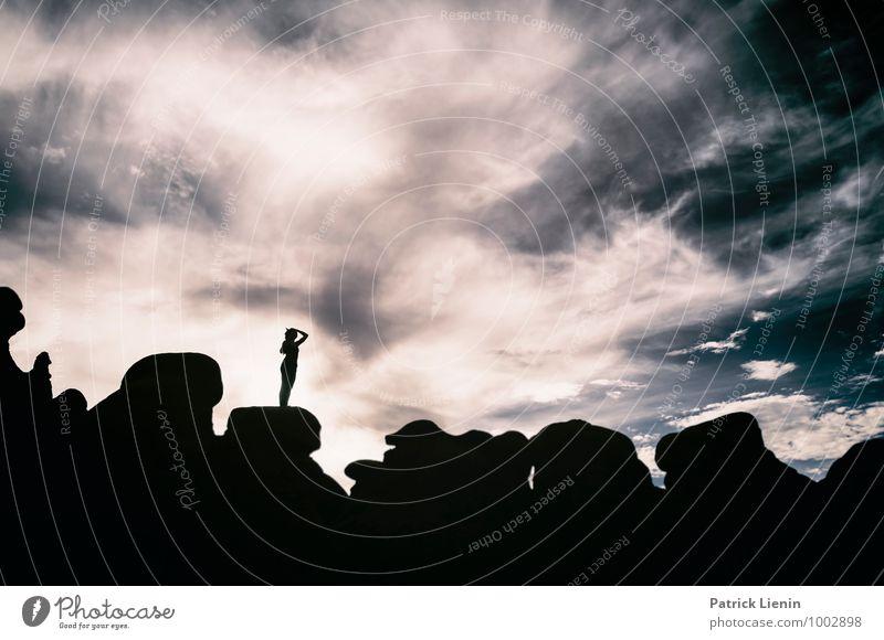 Schattenspielerin (2) Mensch Frau Himmel Natur Ferien & Urlaub & Reisen schön Erholung Landschaft Wolken ruhig Ferne Erwachsene feminin Stil Gesundheit