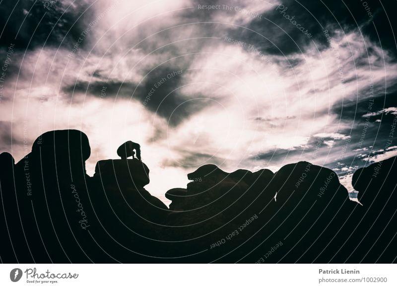 Schattenspielerin (4) Mensch Frau Himmel Natur Ferien & Urlaub & Reisen schön Sommer Erholung Landschaft Erwachsene Umwelt Leben feminin Gesundheit Lifestyle