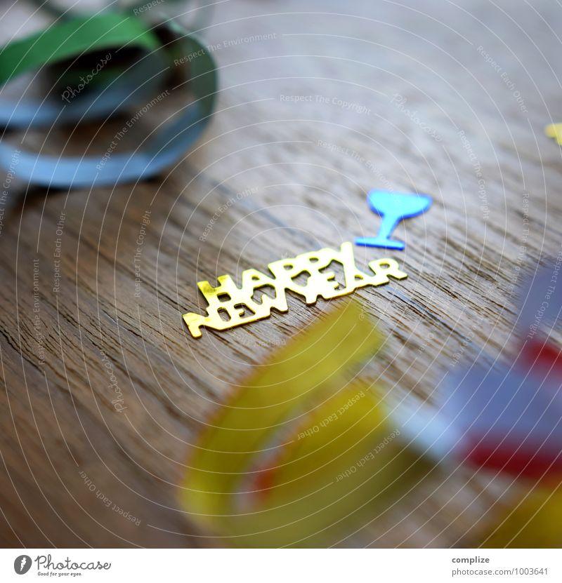 Frohes Neues! Feste & Feiern Party gold Glas Schriftzeichen Silvester u. Neujahr Alkohol Konfetti Sekt Gruß Champagner Luftschlangen Prosecco Sektglas Lebensmittel