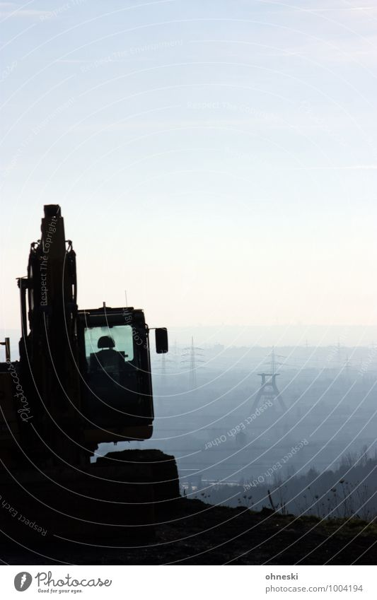 Bergbau Baumaschine Bagger Ruhrgebiet Turm Bauwerk Zeche Arbeit & Erwerbstätigkeit Wachstum Wandel & Veränderung Farbfoto Gedeckte Farben Außenaufnahme