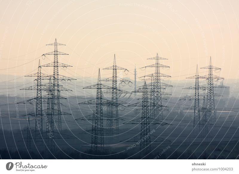 Strom Kabel Technik & Technologie Energiewirtschaft Erneuerbare Energie Energiekrise Industrie Ruhrgebiet Strommast Umweltschutz Umweltverschmutzung Farbfoto