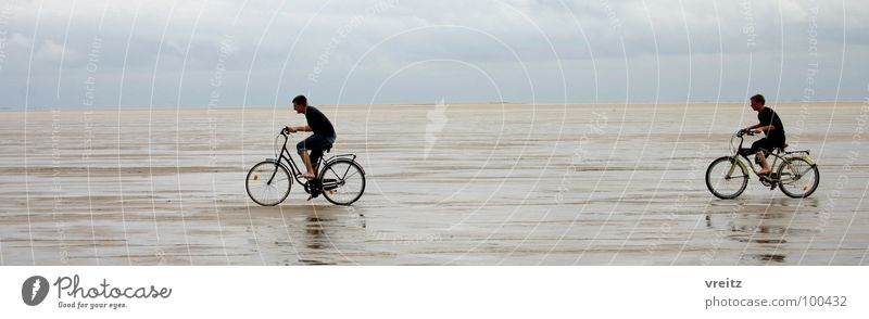 Fahrradrennen im Wattenmeer Dänemarks Meer Rømø Strand Küste