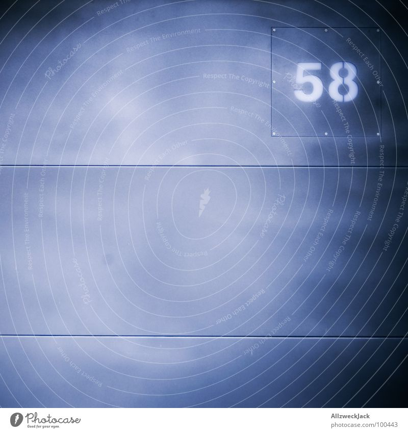 58 Wand Blech grau Ziffern & Zahlen Hausnummer genietet blau-grau Dekoration & Verzierung Kommunizieren achtundfünfzig Tor Metall fifty-eight
