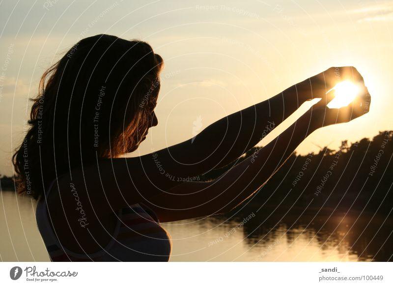 Die glühende Kugel Sonnenuntergang See Reflexion & Spiegelung Freizeit & Hobby Schatten