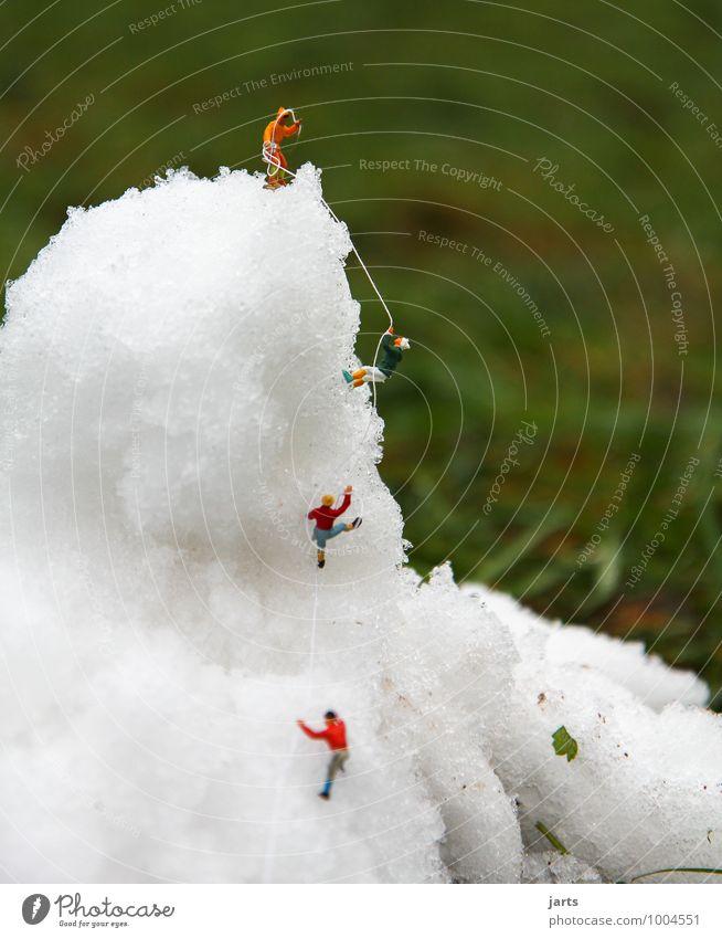 kleine abenteuer Mensch Natur Ferien & Urlaub & Reisen Winter Ferne Berge u. Gebirge Bewegung Wiese Freiheit Freundschaft Zusammensein maskulin Freizeit & Hobby