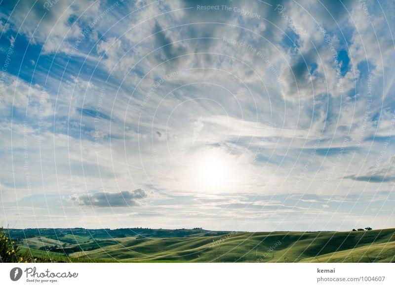 Schönes Land Himmel Natur Ferien & Urlaub & Reisen blau grün Sommer Sonne Landschaft ruhig Wolken Ferne Umwelt Feld Tourismus Ausflug Schönes Wetter