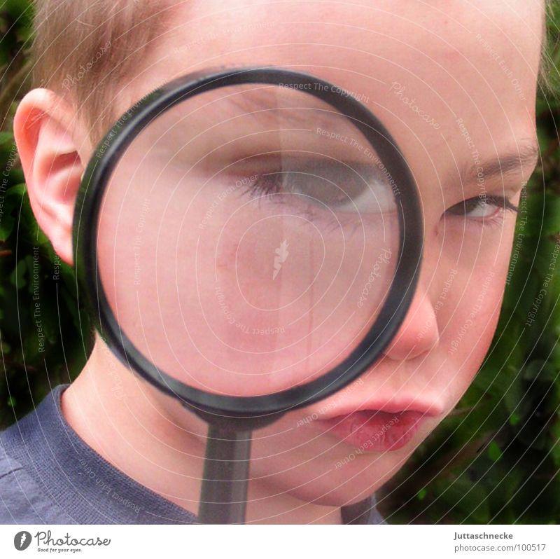 Sherlock Mensch Kind Auge Junge Lupe Spitzel Porträt Agent vergrößert