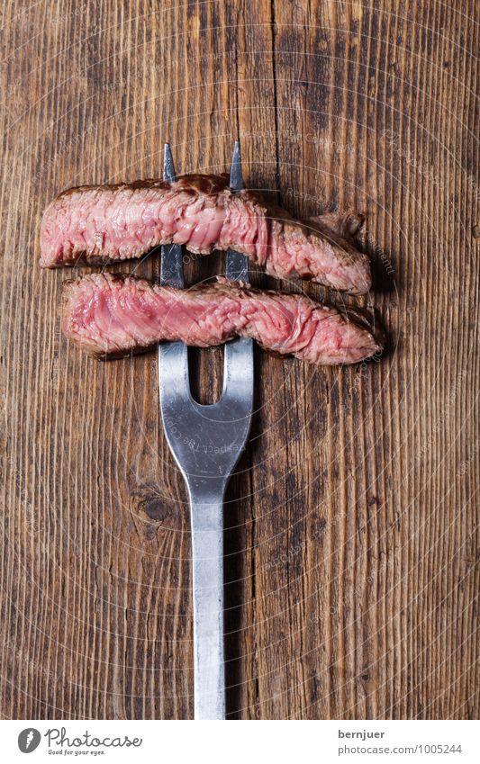 Gemüsespieß Holz Lebensmittel liegen Spitze Metallwaren gut Holzbrett Fleisch Scheibe Gabel Maserung rustikal Billig Steak Slowfood Lende