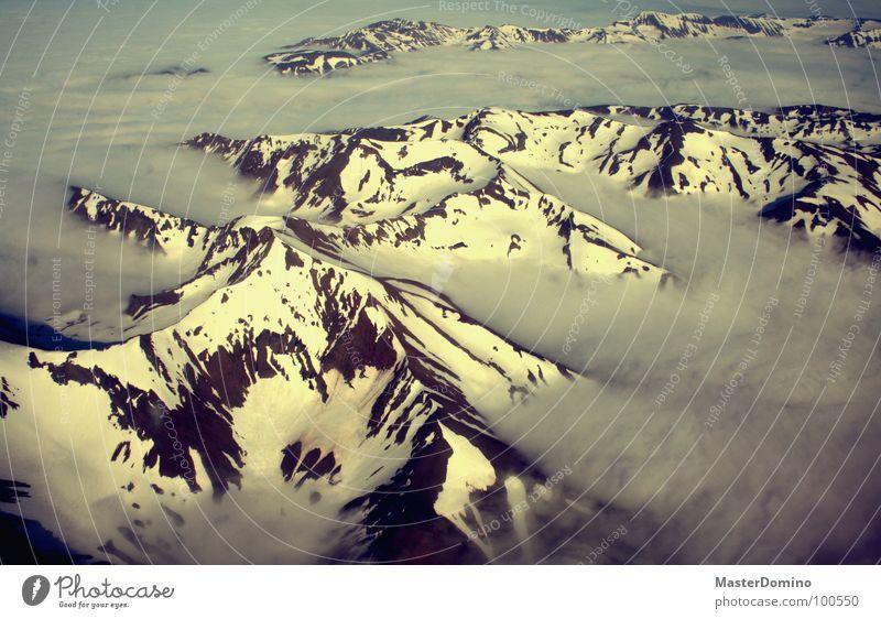 Wolkenfjord Himmel Ferien & Urlaub & Reisen Winter Schnee Berge u. Gebirge Landschaft Stein Luft Eis Flugzeug fliegen Felsen Luftverkehr Perspektive Island