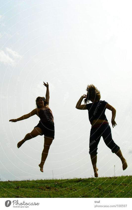 Be free Himmel Sommer Freude Wiese springen Freiheit