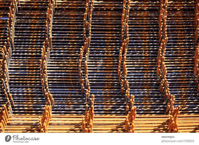 Betonstahlmatten Stahl Bauwerk Tunnel Kran verarbeiten Arbeit & Erwerbstätigkeit Konstruktion Industrie Brücke Sicherheit bauen Rost Stahlmatten Stapel Straße