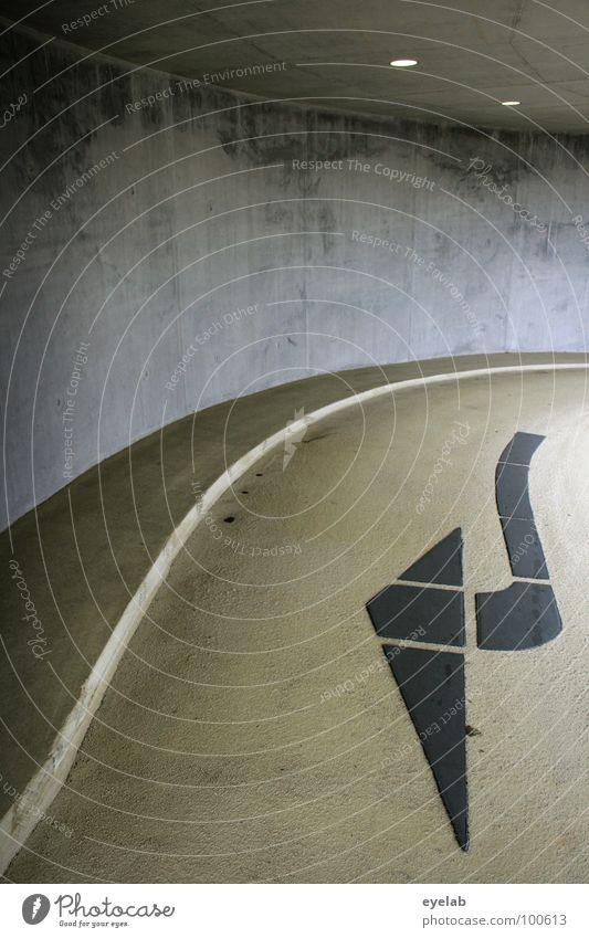 Wegweisende Architektur Beton Teer Säule Bodenbelag Tag gelb schwarz Stahl Edelstahl Richtung parken Parkhaus Gebäude Haus Abstellplatz Garage Fahrbahn abstrakt
