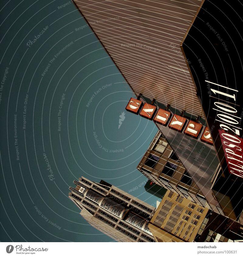 CALYPSO FEELING Himmel blau Stadt Wand Stil Stein Mauer Gebäude Architektur Wohnung Schilder & Markierungen Beton groß Hochhaus Fassade Perspektive