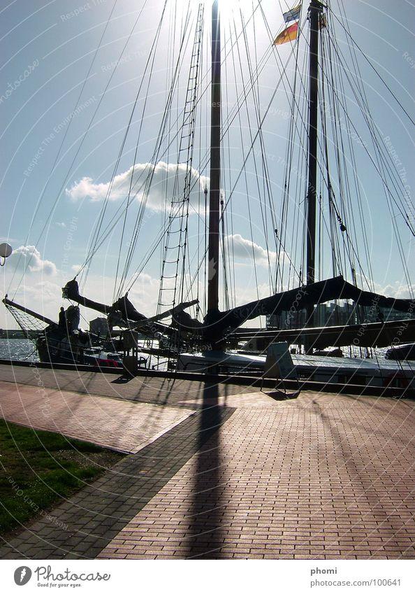 mastschatten Wasser Sonne Meer Sommer See Linie Wasserfahrzeug Hafen Segeln Strommast Nordsee Segelboot Balken Schlagschatten Wilhelmshaven