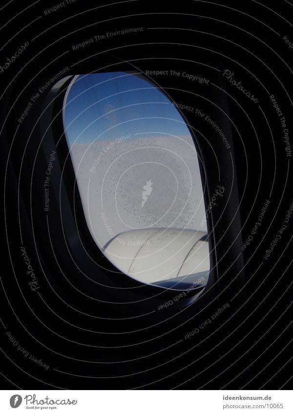 Triebwerk Flugzeug Luft Fenster Himmel Eis fliegen