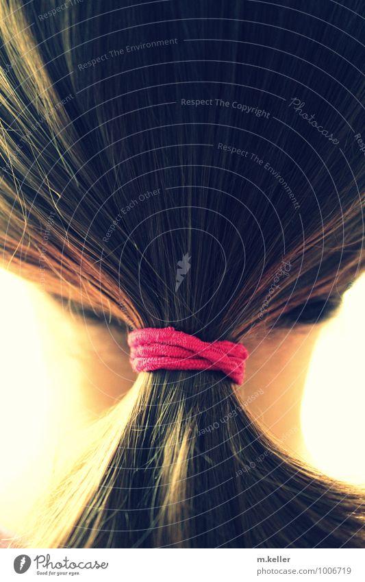 Mädchen Stil Haare & Frisuren Wellness harmonisch Wohlgefühl Zufriedenheit Sinnesorgane ruhig Junge Frau Jugendliche Erwachsene Schwester Kindheit Kopf 1 Mensch