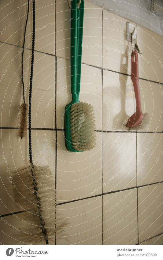 haus der oma 07 alt grün Küche Reinigen Fliesen u. Kacheln Haushalt aufhängen gebraucht Bürste Manuelles Küchengerät