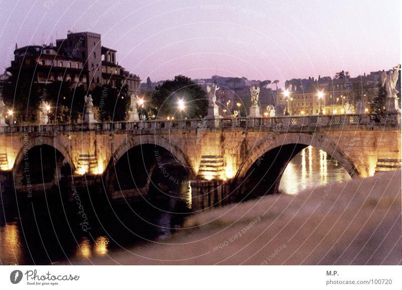 Bella Roma! Italien Ferien & Urlaub & Reisen Sonne Sonnenuntergang Stadt Architektur Tiber Fluss Brücke Licht Stimmung Abend Nacht Straße Laterne Wasser Himmel