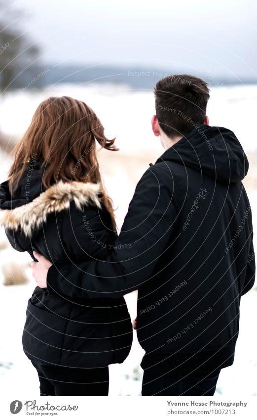 Wir zwei Ferne Freiheit Jugendliche Körper Haare & Frisuren Rücken 2 Mensch 13-18 Jahre Kind Winter Garten brünett rothaarig Freundlichkeit schön braun