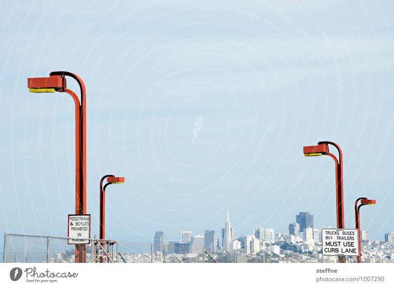 Around the World: San Francisco Skyline Stadt Laterne Kalifornien Golden Gate Bridge Textfreiraum oben
