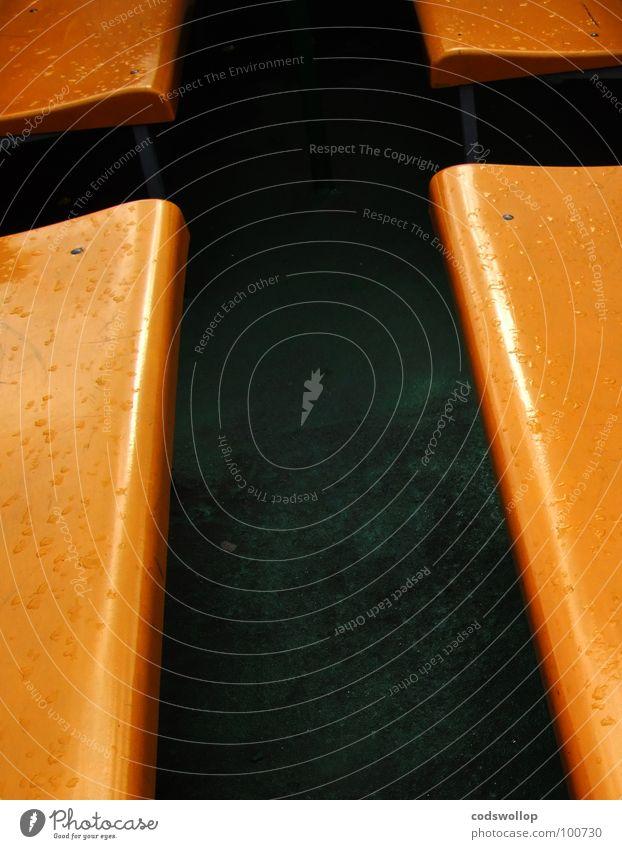 kreuz und quer grün gelb orange frei Rücken Bank Möbel Schifffahrt Sitzgelegenheit Fähre
