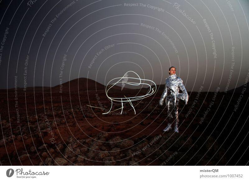Hello X Mensch Frau ästhetisch stehen Beruf Fernweh Flugzeuglandung silber abgelegen Kunstwerk Stolz Helm UFO Kapitän Planet Astronaut