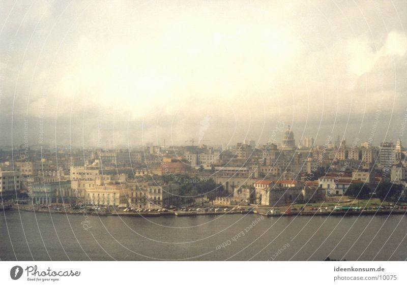 La Habana Havanna Stadt Kuba Havana Skyline hoch
