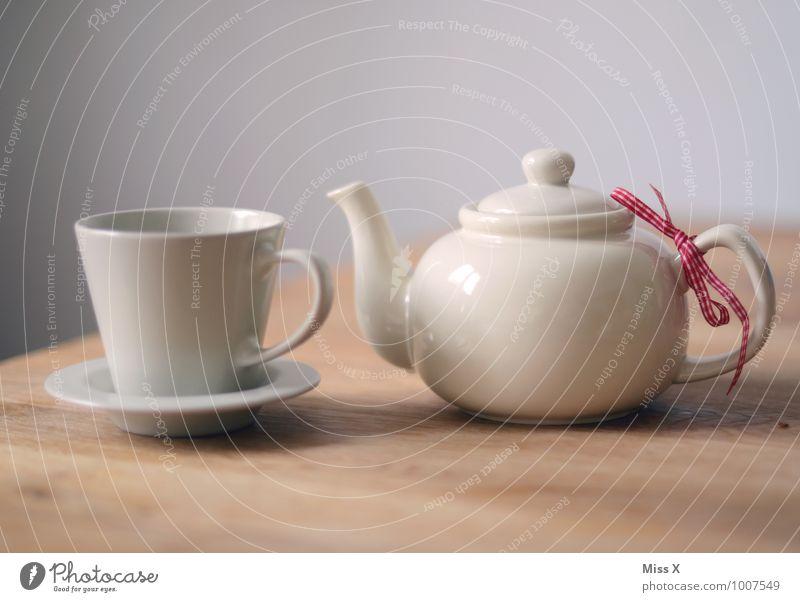 abwarten und Tee... Frühstück Kaffeetrinken Getränk Heißgetränk Geschirr Tasse Gesundheit Gesunde Ernährung Wellness harmonisch Wohlgefühl Erholung ruhig Tisch