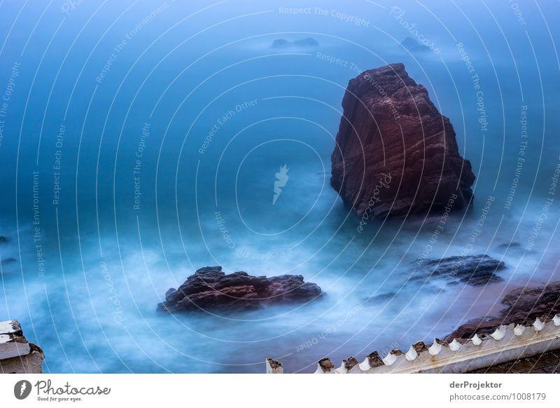 Nachts an der alten Promenade Natur Ferien & Urlaub & Reisen blau Pflanze weiß Meer rot Landschaft Strand Ferne Umwelt Küste Freiheit Felsen Freizeit & Hobby