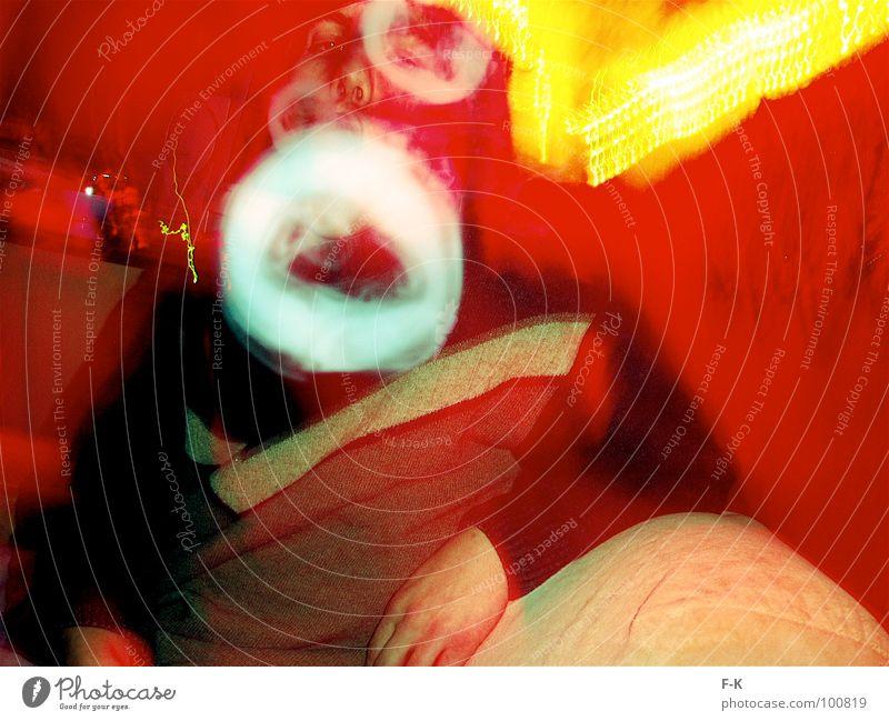 THE LORD OF THE RINGS Erholung rot gelb Kreis Brand Suche Rauchen Sofa Rauschmittel Langeweile Zigarette Lichterkette Rauchzeichen
