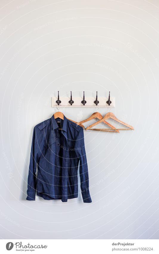 Welches Hemd ziehe ich heute an? Lifestyle elegant Stil Design Freude Ferien & Urlaub & Reisen Tourismus Ausflug Nachtleben Mode Bekleidung Stoff Gefühle