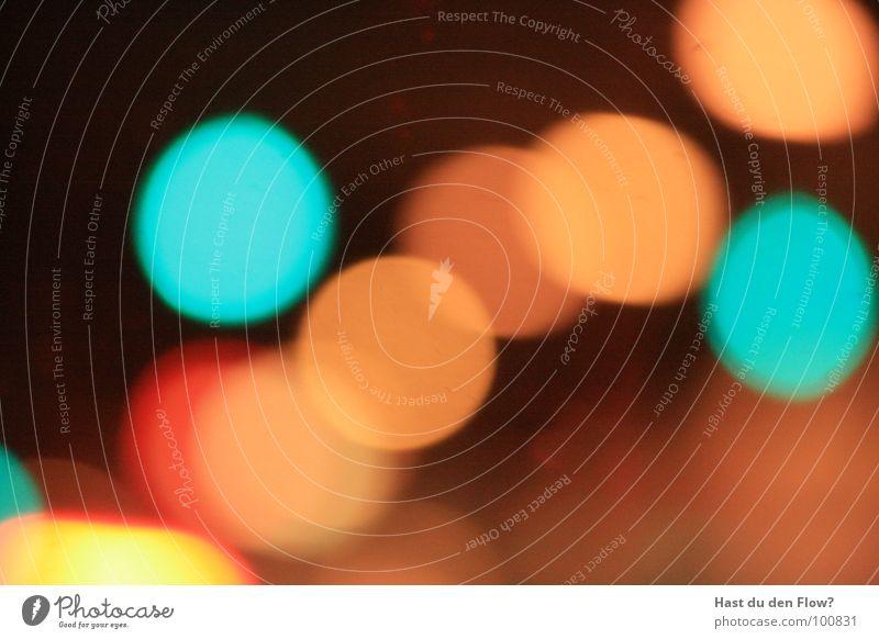 punkt, punkt... ää punkt (naja mondgesicht nicht ganz..; ) ) rot gelb Tunnel träumen braun dunkel Herbst Winter Lomografie Licht blau orange PKW Punkt Unschärfe