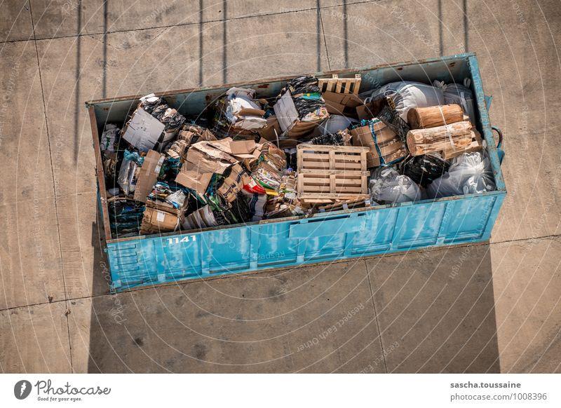 Container 1141 Kreuzfahrt Hafen Verpackung Sack Beton Holz Stahl Rost Ziffern & Zahlen eckig nachhaltig Sauberkeit trashig blau braun grau Reinlichkeit Ordnung