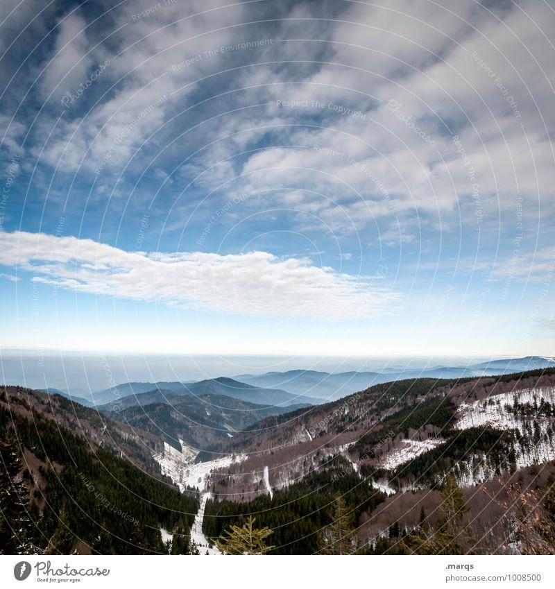 Tal Ausflug Abenteuer Ferne Umwelt Natur Landschaft Himmel Wolken Horizont Winter Schönes Wetter Wald Hügel Berge u. Gebirge Schwarzwald einfach kalt Stimmung