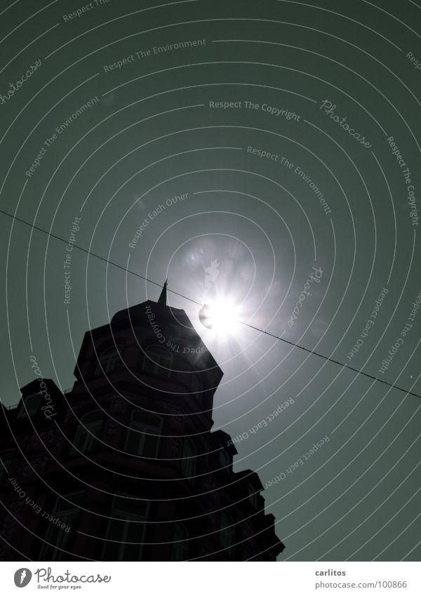 Morgenstern Sonne Sommer Ferien & Urlaub & Reisen Haus Architektur Stern Fassade Stern (Symbol) Energiewirtschaft Laterne positiv Straßenbeleuchtung blenden Altstadt Himmelskörper & Weltall Göttingen