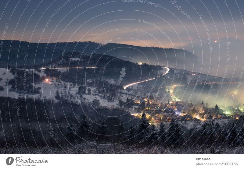 Lichtnebel Himmel Natur Ferien & Urlaub & Reisen Wasser Baum Landschaft Wolken Winter Ferne dunkel Wald kalt Berge u. Gebirge Straße Schnee Wege & Pfade