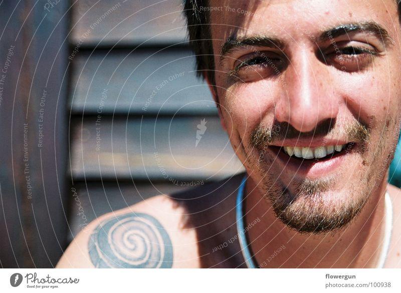 Portrait of Teo Mann Stil grinsen Porträt