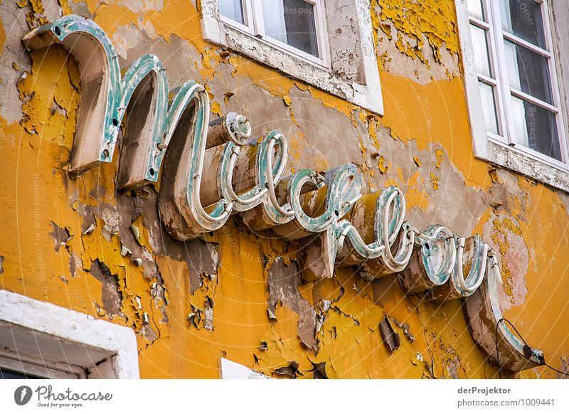 Die Milchbar in Stralsund Ferien & Urlaub & Reisen alt Haus Fenster gelb Wand Architektur Gefühle Gebäude Mauer außergewöhnlich Tourismus