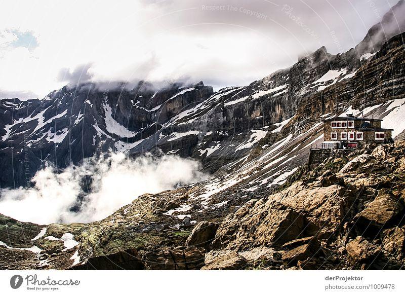 Refuge de la breche roland Natur Ferien & Urlaub & Reisen Pflanze Sommer Landschaft Wolken Ferne Umwelt Berge u. Gebirge Gefühle Freiheit Felsen Eis