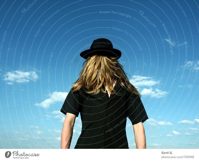 hocus-pocus Mensch Mann blau Wolken schwarz Gefühle blond Arme fantastisch Hemd Hut drehen verstecken mystisch Ente Surrealismus