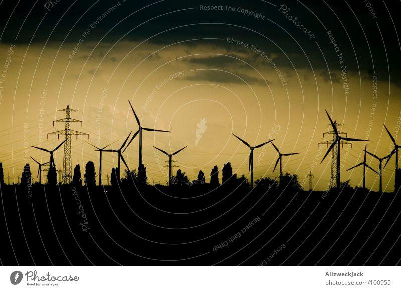 Propellersky Elektrizität Stromgenerator Sturm ökologisch Strommast Horizont umweltfreundlich Erneuerbare Energie Dienstleistungsgewerbe Industrie windernergie